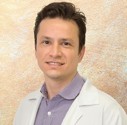 Dr. Rafael Berteli Fontes